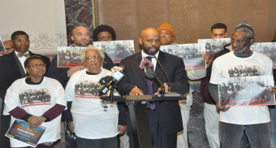 Former Alderman Mike McGee, Jr., holds early voting rally at city hall