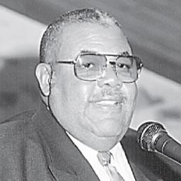 Doctor-Robert-L-Sims-Pastor