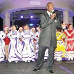 Milwaukee Downtown flips the switch on the 2016 holiday season