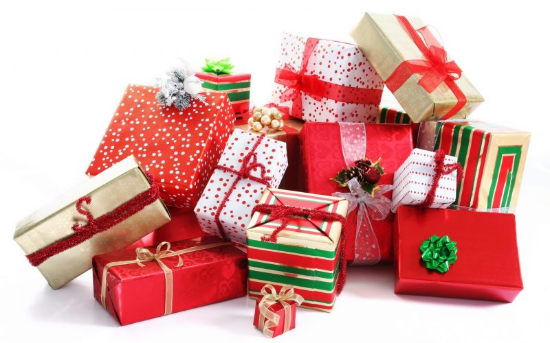 gifts-for-christmas-fmkcvb0u