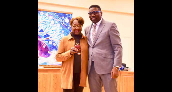 Milwaukee School Board recognizes Helen Wallace for Excellence in Education