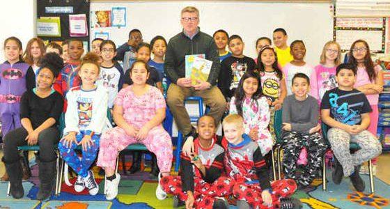 Lowell International Elementary School celebrates 'Read Across America'
