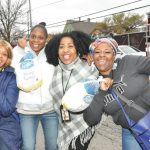 Milwaukee Health Services, Inc. hosts Thanksgiving Dinner Giveaway